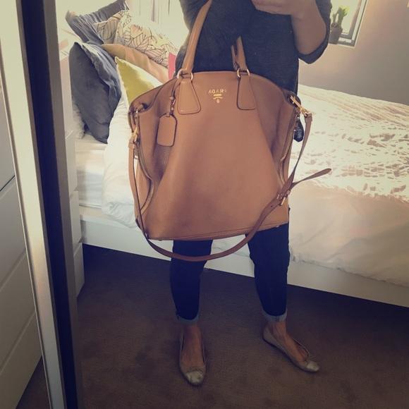 f80eb1c40231 Prada Daino leather bag tote satchel crossbody. M_5a99c4553800c52046d20d36
